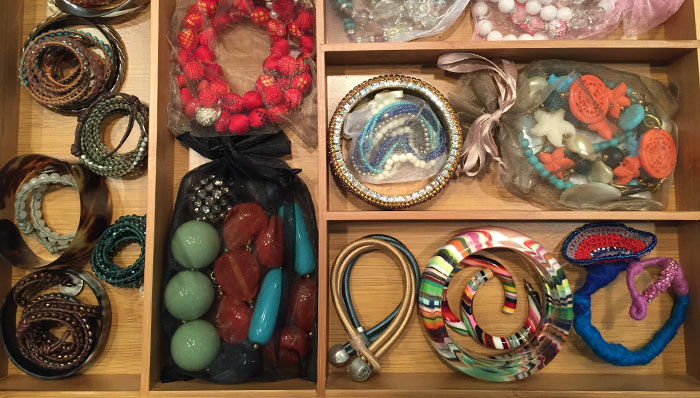 JEWELRY ORGANIZATION IS A BREEZE WITH THESE GREAT HINTS